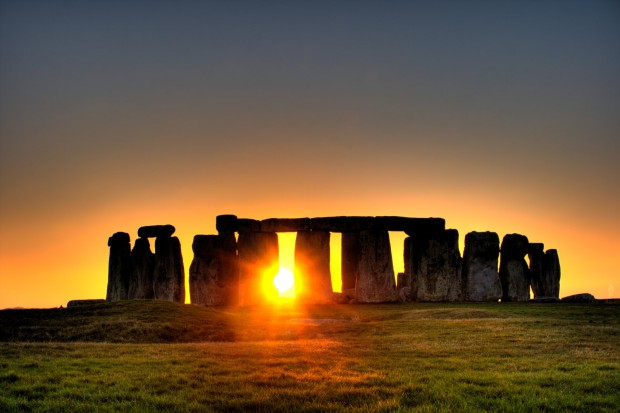 Why You Should Visit Stonehenge While in the UK