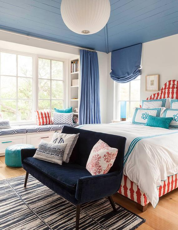 red-and-blue-girl-bedroom-built-in-window-seat-bookcase