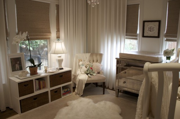 20 Great Ideas How to Decorate with White Comfy Sheepskin Rug