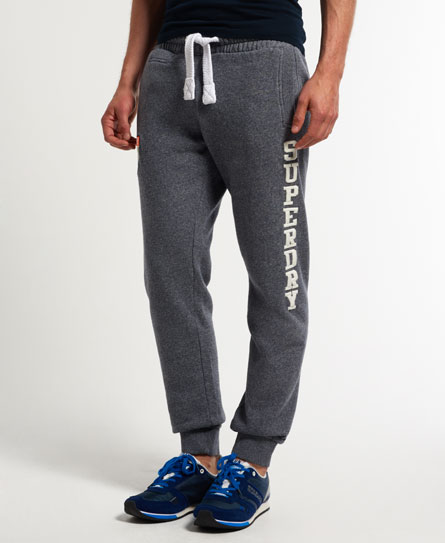 15 Designs of Joggers For Men That Can Be Worn Pretty Much Anywhere (12)