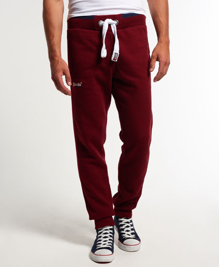15 Designs of Joggers For Men That Can Be Worn Pretty Much Anywhere (14)