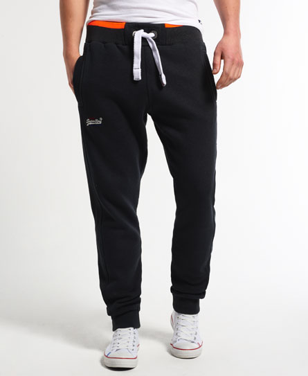 15 Designs of Joggers For Men That Can Be Worn Pretty Much Anywhere (3)