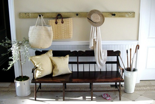 How To Decorate Your Entryway: 21 Welcoming Ideas