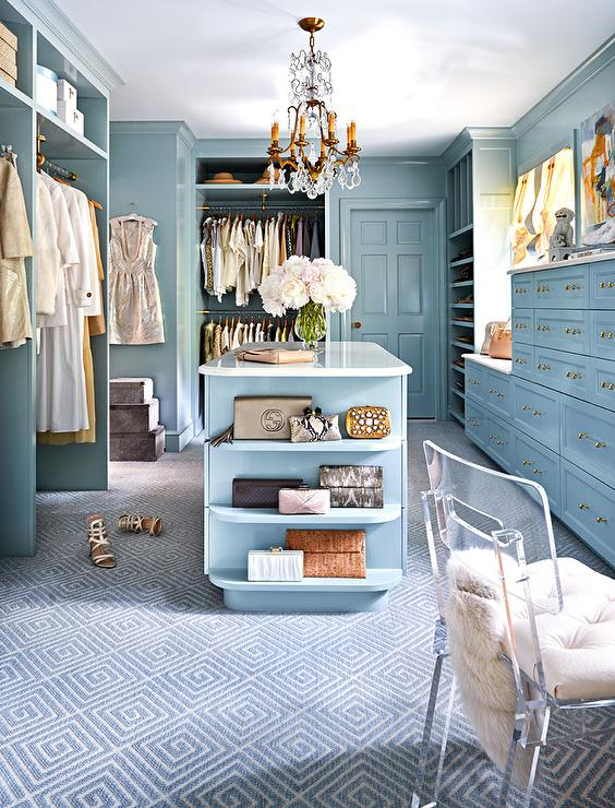 20 Lovely Design and Decor Ideas for Closet