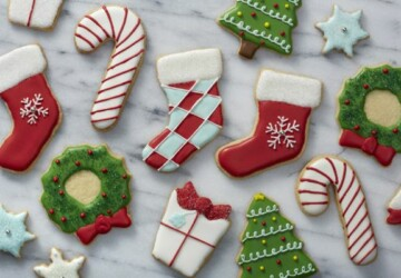 18 Sweet and Easy Christmas Treat Ideas - Christmas treats for kids, Christmas treats, Christmas recipes, Christmas desserts