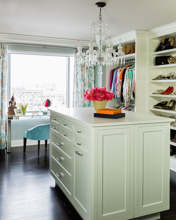 closet-island-chandelier-parsons-mirrored-console-mirrored-make-up-vanity