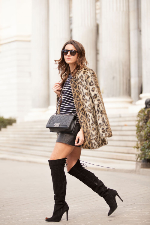 22 Stylish Ways How to Wear Leather Skirts This Winter