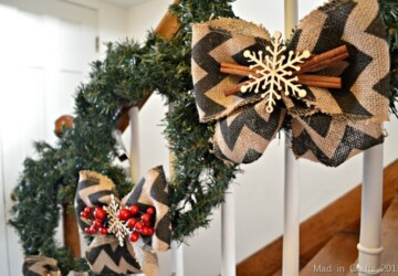 20 Festive Christmas Wreaths That You Can DIY - Diy Christmas Wreath, diy, crafts, craft, Christmas wreath, Christmas