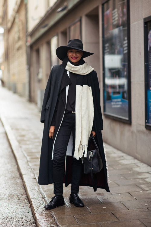 17 Statement Warm Scarves for Cozy yet Stylish Winter Look