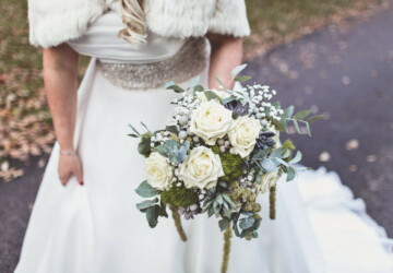 16 Beautiful Ideas for Your Winter Wedding Bouquet - winter wedding bouquets, winter wedding, wedding ideas, Wedding Bouquets