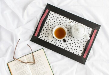 16 Lovely DIY Serving Tray Ideas - trays, tray, simple, makeover, lovely, DIY trays, DIY tray, DIY ideas, DIY idea, diy, crafts, craft, chic