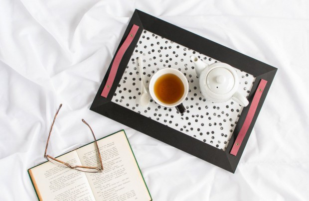 16 Lovely DIY Serving Tray Ideas