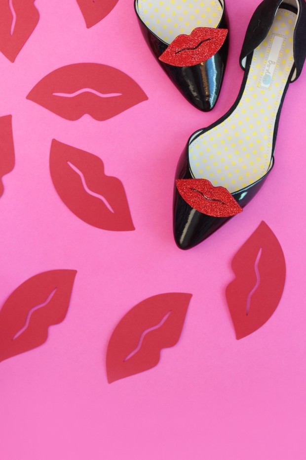 18 Fun and Easy DIY Shoe Makeover Ideas