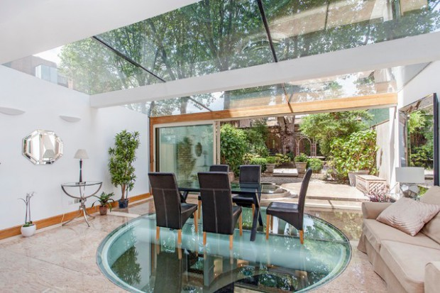 20 Breathtaking Glass Floor Ideas For An Original Interior Design