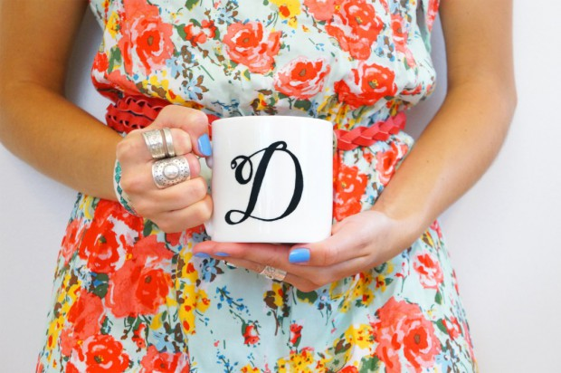 Cute Gift Ideas: 17 Unique DIY Mugs