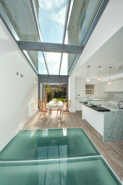20 Breathtaking Glass Floor Ideas For An Original Interior