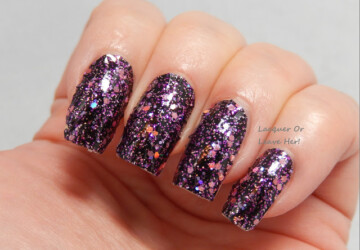 20 Gorgeous Glitter Nail Art Ideas Perfect for Party Season - sparkle nail art, party nail art, nails with sparkles, nail art ideas, Glitter nails, glitter nail