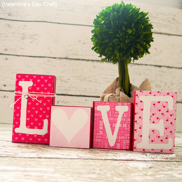 18 cute and easy diy valentine s day home decorations for Valentine decorations to make at home