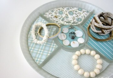 15 Creative and Easy DIY Jewelry Storage Ideas - jewelry storage, jewelry organization, diy jewelry storage, diy jewelry organization