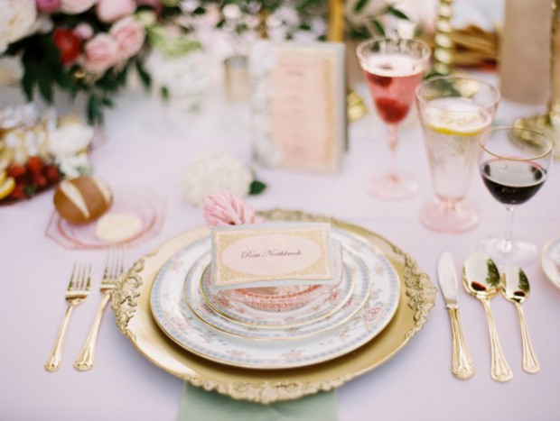 18 Amazing Decor Ideas for Romantic Spring Wedding