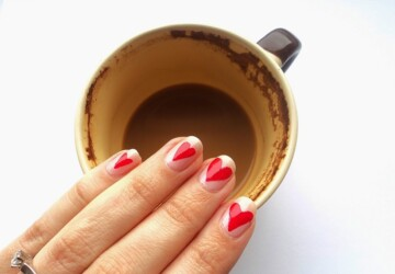 18 Pretty and Cute Nail Art Ideas for Valentine's Day - valentine's day nail tutorial, Valentine's day nail art, nail art ideas, diy Valentine's day