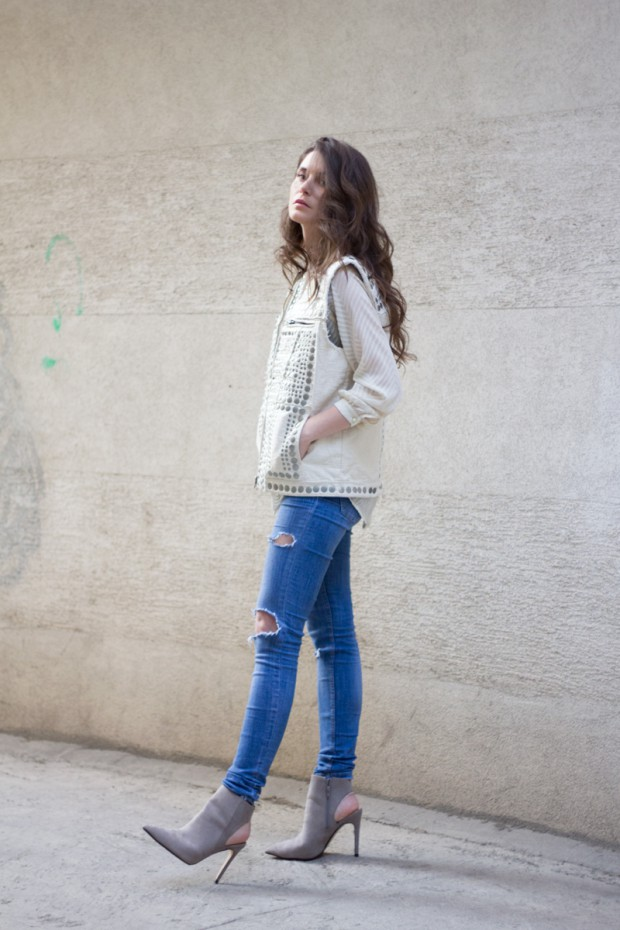 20 Stylish Outfit Ideas by Fashion Blogger Jovana Zuka from After Two Five