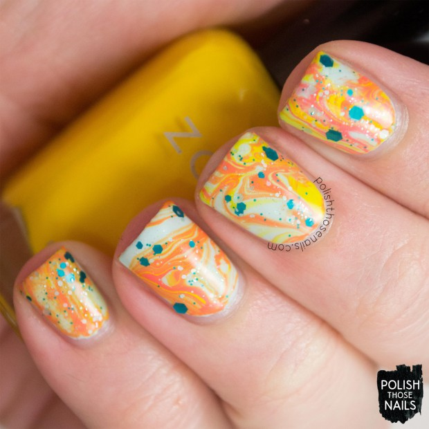 19 Creative DIY Water Marble Nail Art Ideas - Style Motivation