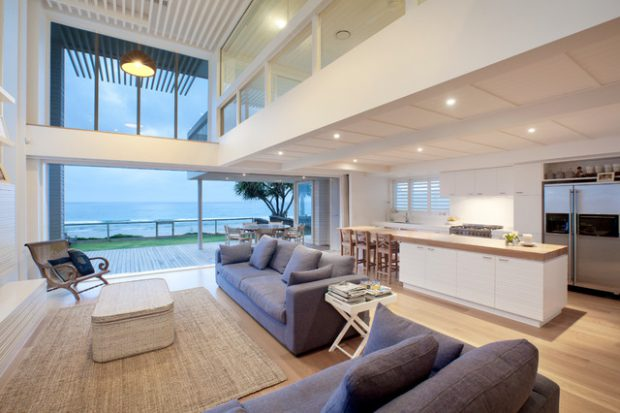 20 Breathtaking Design and Decor Ideas for Interiors with Water View