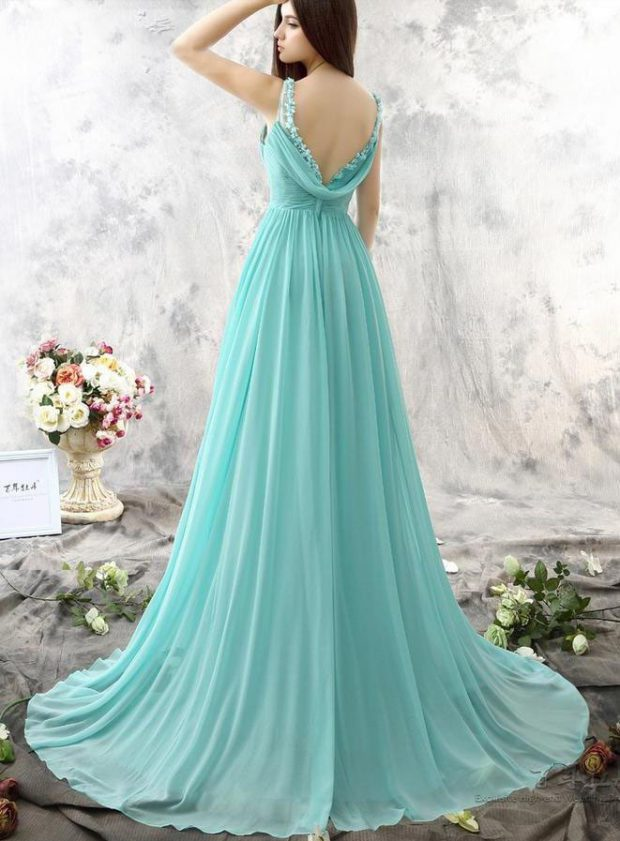 How to Select Astonishing Bridesmaid Dresses That Augment Your Social Status?