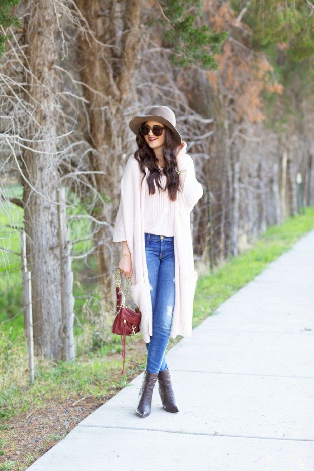 18 Stylish Jeans Outfit Ideas for Cut Spring Look