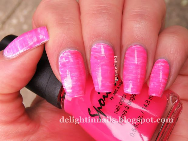 17 Gorgeous Hot Pink Nail Art Ideas for Summer Days