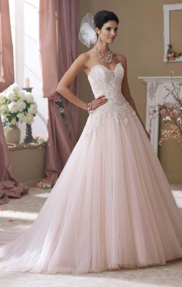 14 Soft And Pastel Pink Wedding Dresses For Bride Look