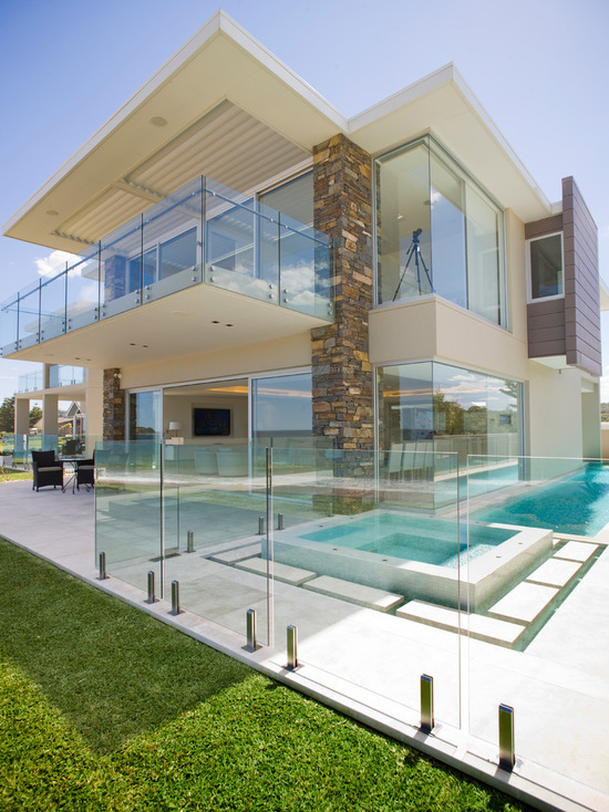 17 Stunning Glass Balcony House Design Ideas - Style Motivation