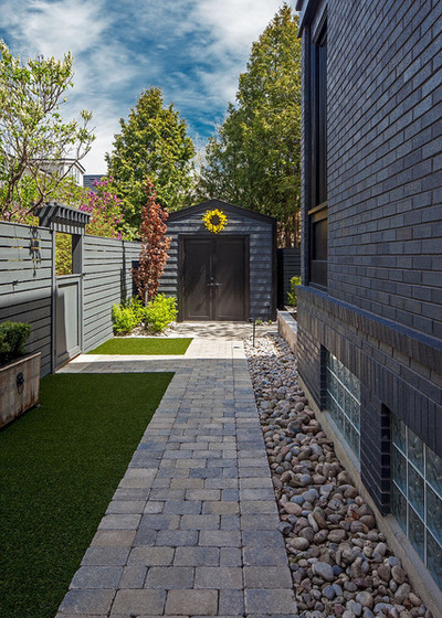 17 Landscaping Side Yard Ideas to Inspire You on Side Patio Ideas id=28051