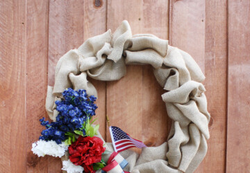 15 Amazing DIY 4th of July Wreath Ideas - diy wreath, 4th of July diy wreath, 4th of July diy decor, 4th of July