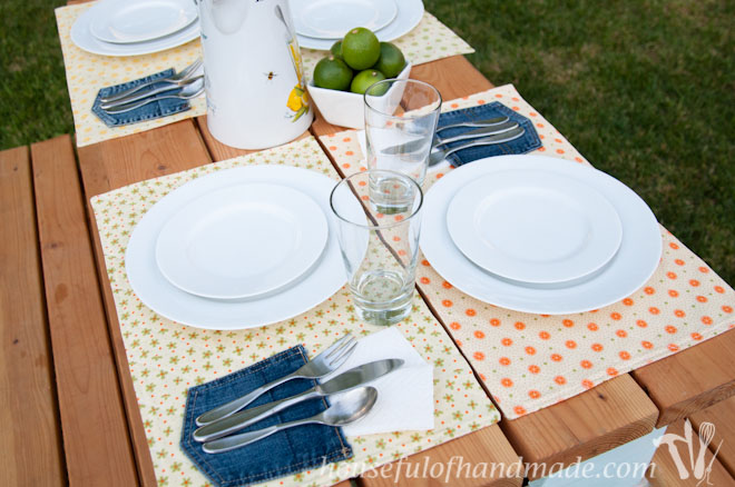 17 Great DIY Placemats for Perfect Table Settings - table settings, DIY Placemats for Perfect Table Settings, DIY Placemats, diy