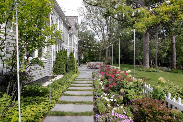 17 Landscaping Side Yard Ideas to Inspire You