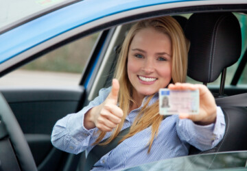 Here's How you should choose a Driving School -