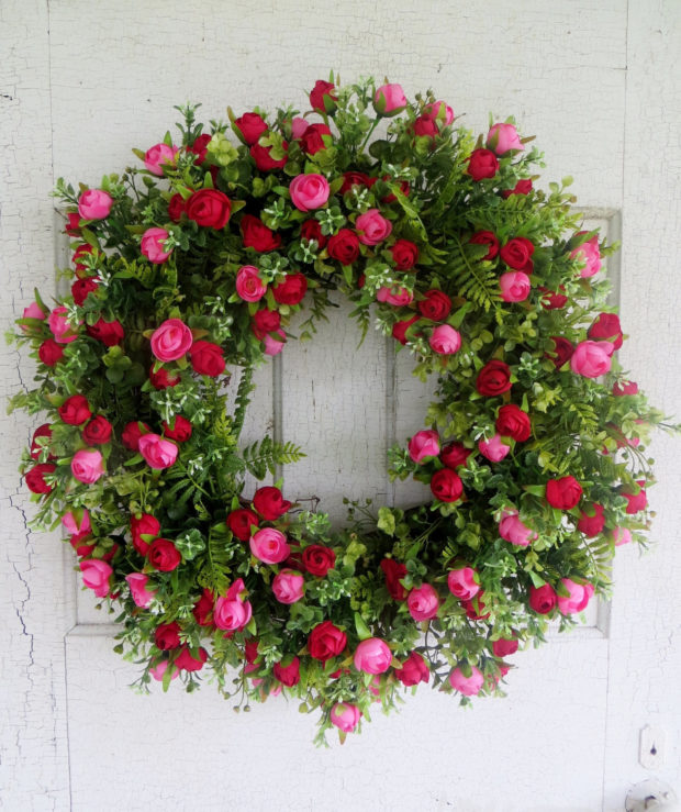 front door decor summer15 Colorful Handmade Summer Wreath Ideas To Refresh Your Front
