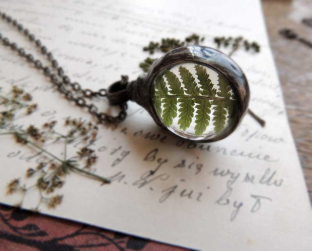 16 Handmade Accessories That Say Nature Looks Good On Me (2)