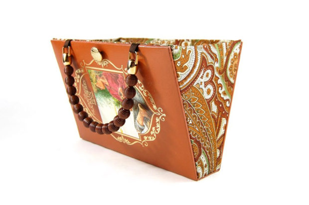 17 Chic Handmade Bags From Repurposed Materials (13)