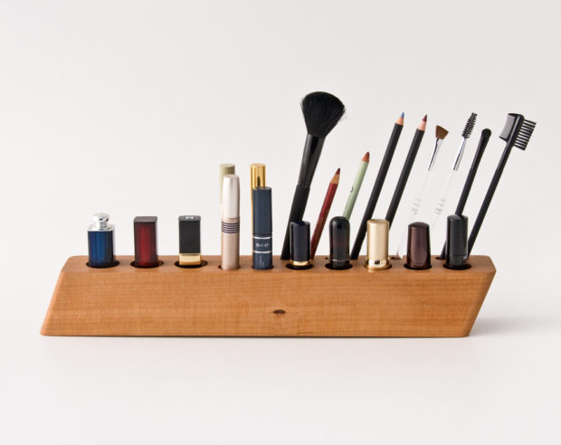 17 Chic Handmade Makeup Organizer & Beauty Station Ideas Youll Love