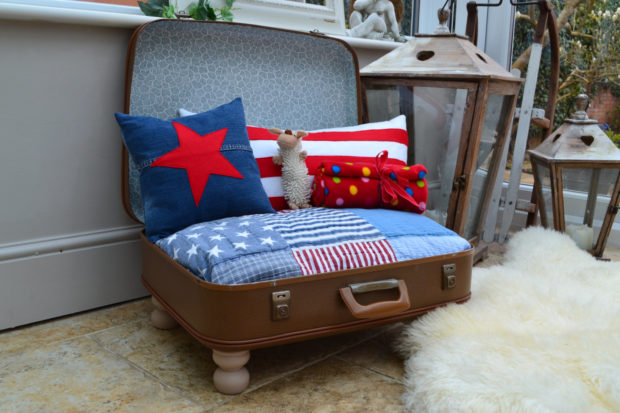 17 Cute Pet Bed Designs That Will Spoil Our Furry Friends (17)
