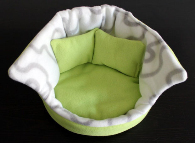 17 Cute Pet Bed Designs That Will Spoil Our Furry Friends (5)