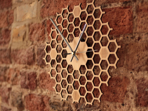 17 Inspirational Handmade Wall Clock Ideas That You Can Express Yourself With (6)