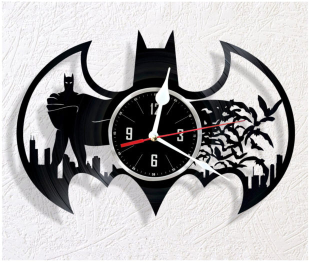 17 Inspirational Handmade Wall Clock Ideas That You Can Express Yourself With (7)