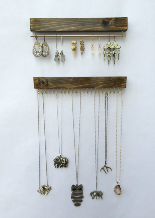 17 Simple But Awesome Handmade Jewelry Organizer Ideas You Can DIY (5)