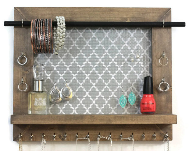17 Simple But Awesome Handmade Jewelry Organizer Ideas You Can DIY (6)