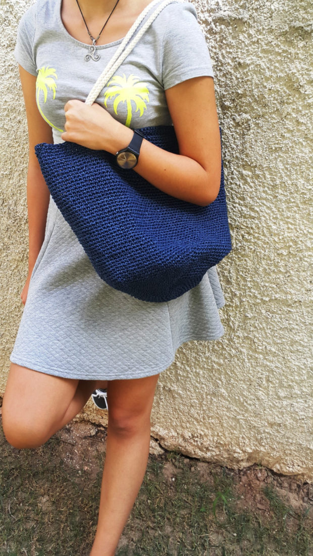 18 Must Have Handmade Beach Bag Designs To Take Your Stuff To The Beach (13)