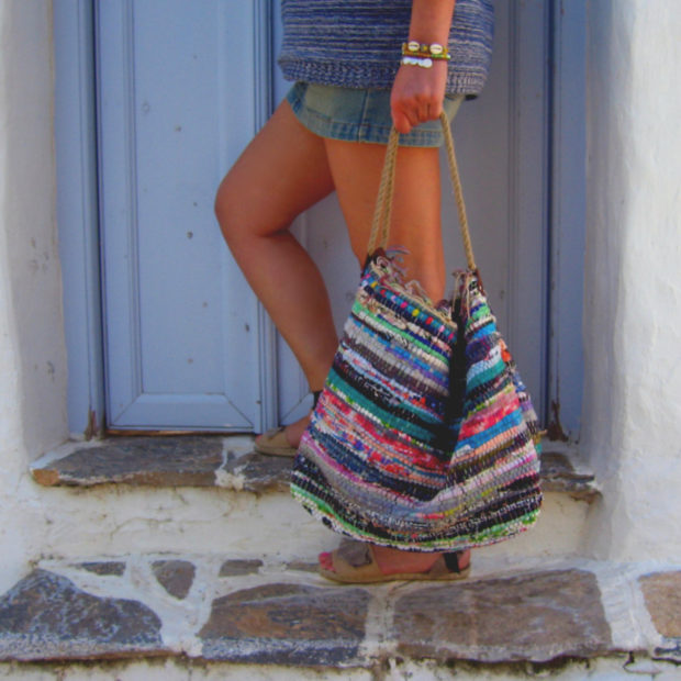 18 Must Have Handmade Beach Bag Designs To Take Your Stuff To The Beach (5)